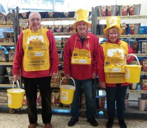 170224 Collecting for the Marie Curie Daffodil appeal